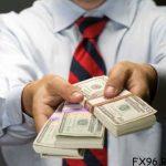 Центробанк рассматривает варианты ограничения потребительского кредитования